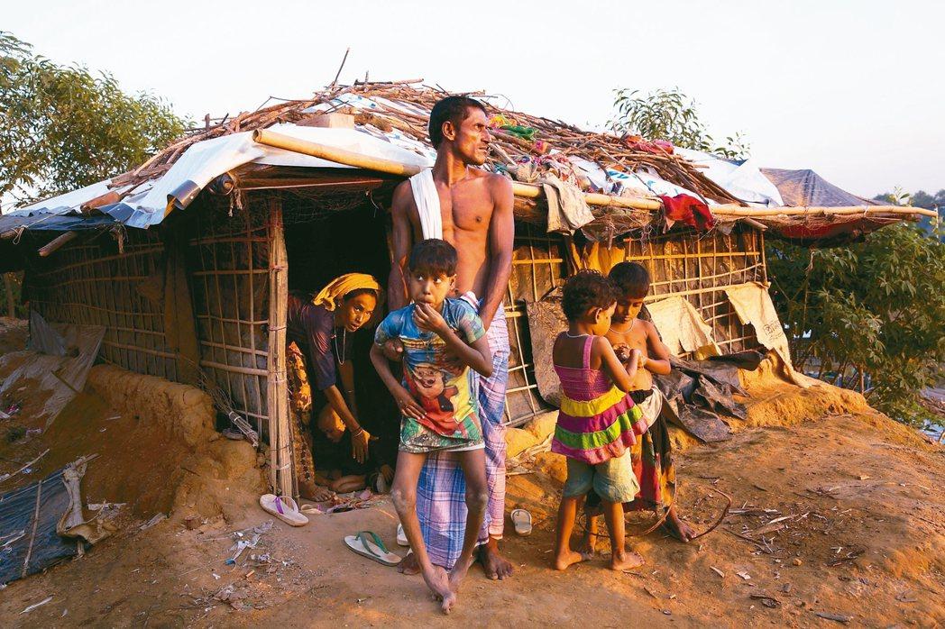緬甸洛興雅難民本月三日抵達孟加拉庫圖巴朗難民營。 美聯社