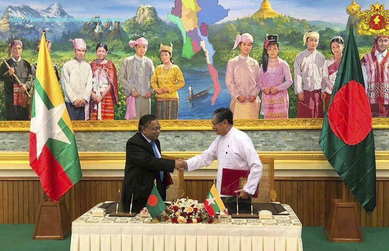 孟加拉與緬甸政府23日簽訂合作備忘錄,孟加拉當局未來兩個月將協助遣返為逃離緬軍追...