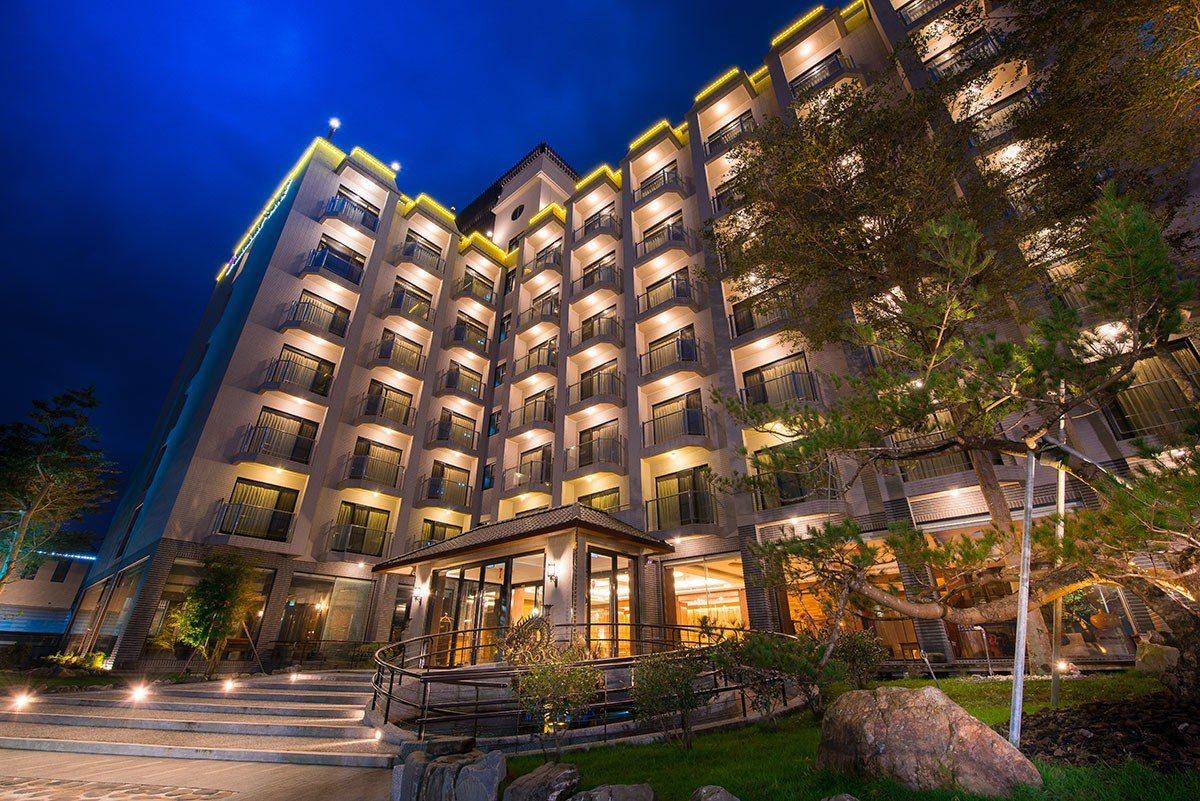 山多利大飯店位於礁溪郊區的農田之中,環境獨立又清幽。