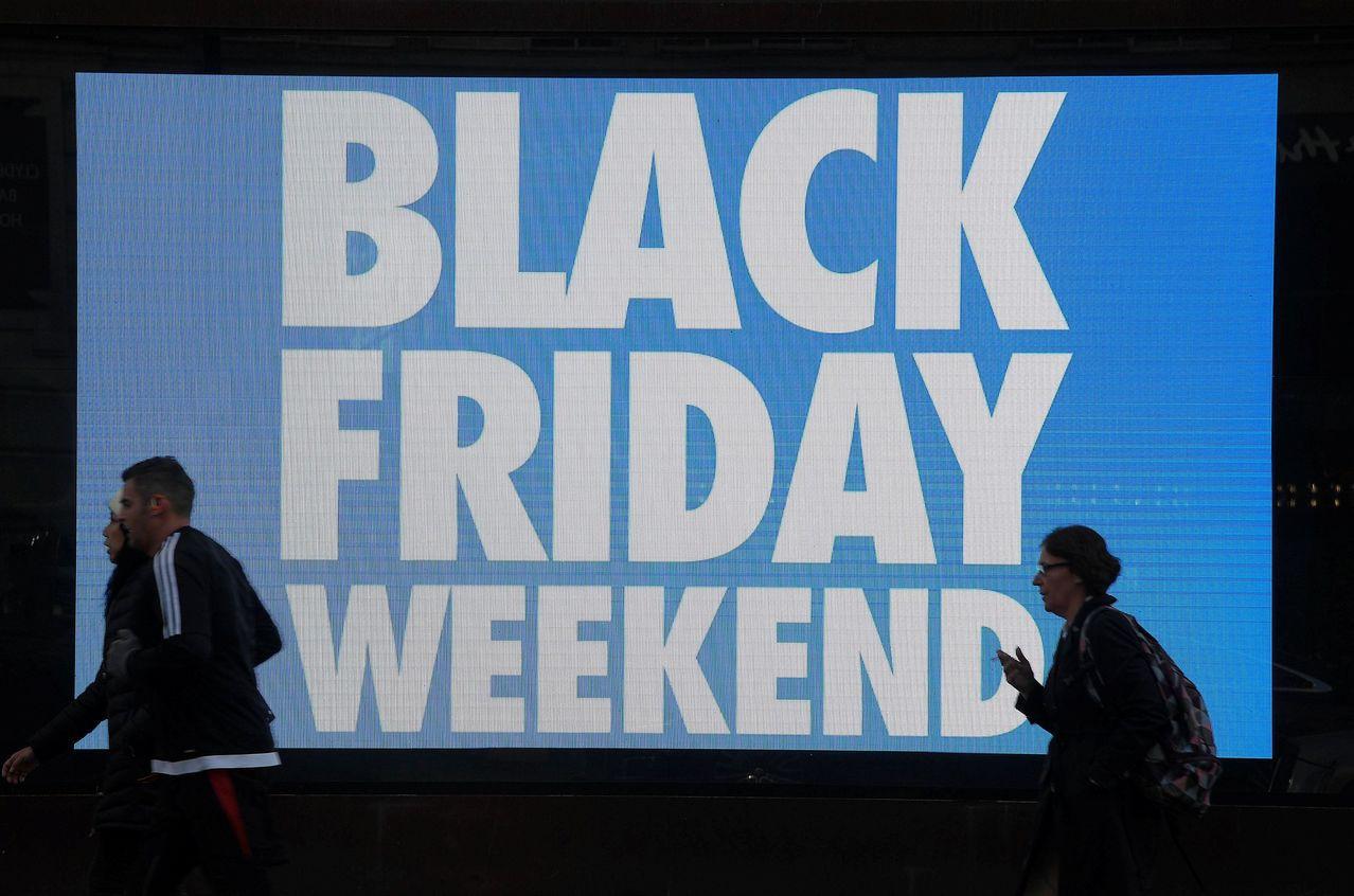 黑色星期五傳統上代表假期購物季起跑,實體連鎖店包括百貨公司均期盼延續第3季的成長...