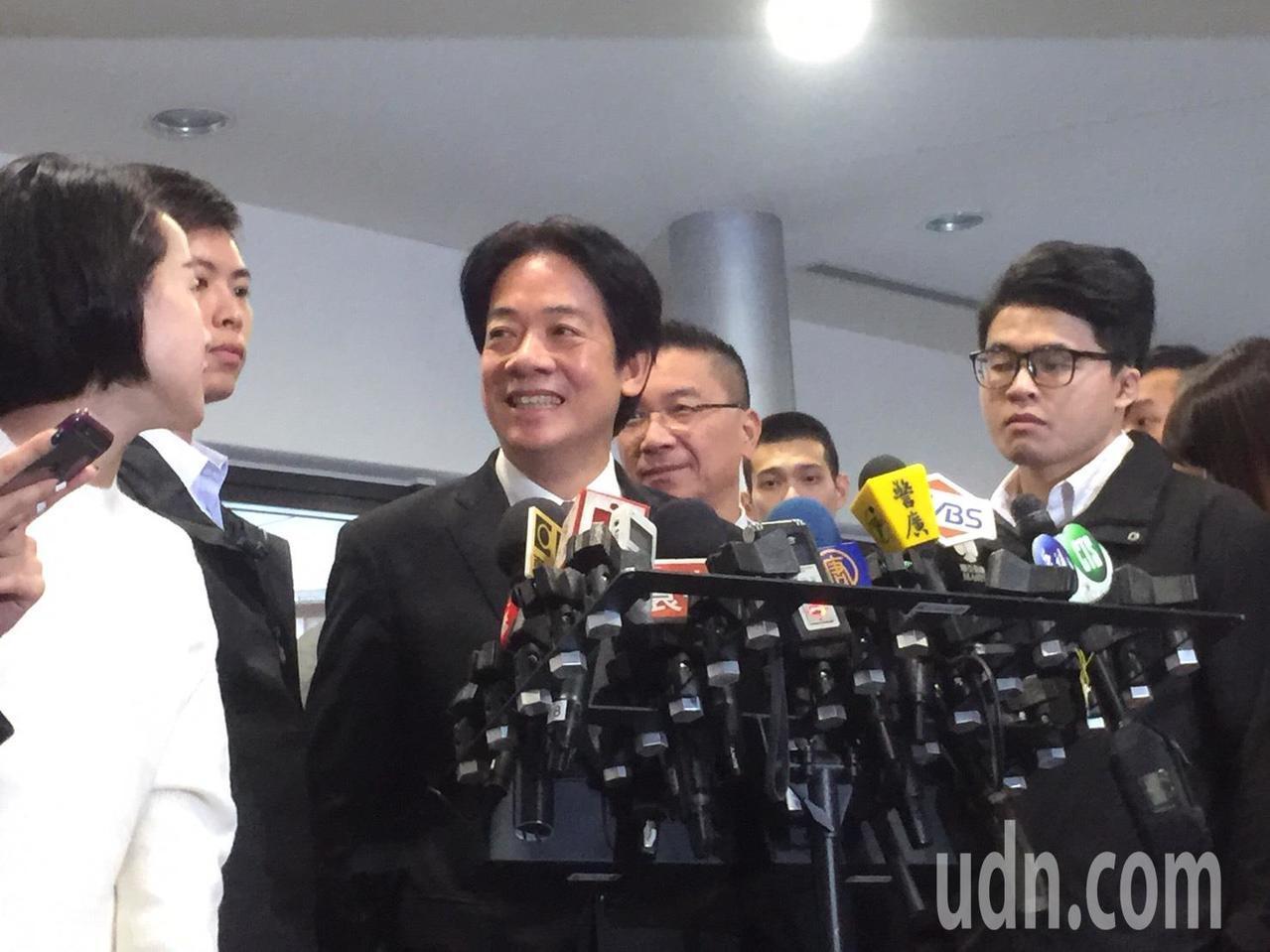 行政院長賴清德要照服員功德台灣。記者陳雨鑫/攝影