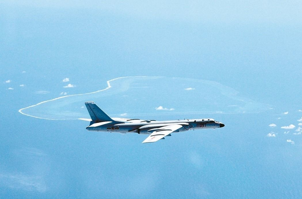 中共轟6K戰機示意圖。圖/新華社