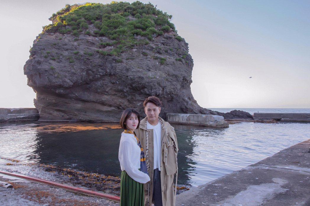 張信哲30日將推出新專輯「擁恆」,和連俞涵到日本拍MV。圖/潮水音樂提供