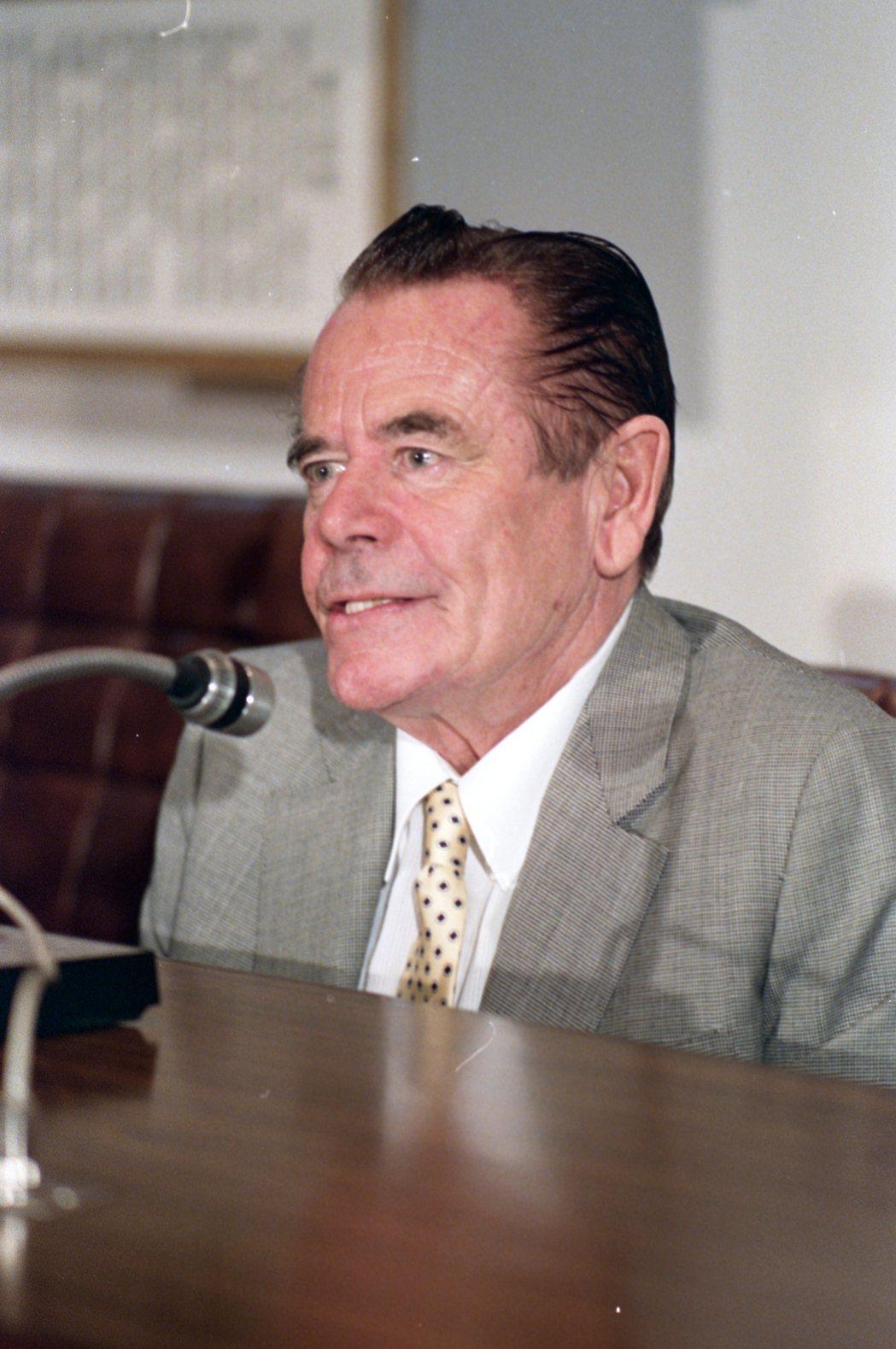 葛倫福特被形容是人前和善、人後陰沉的怪老頭。圖/報系資料照片