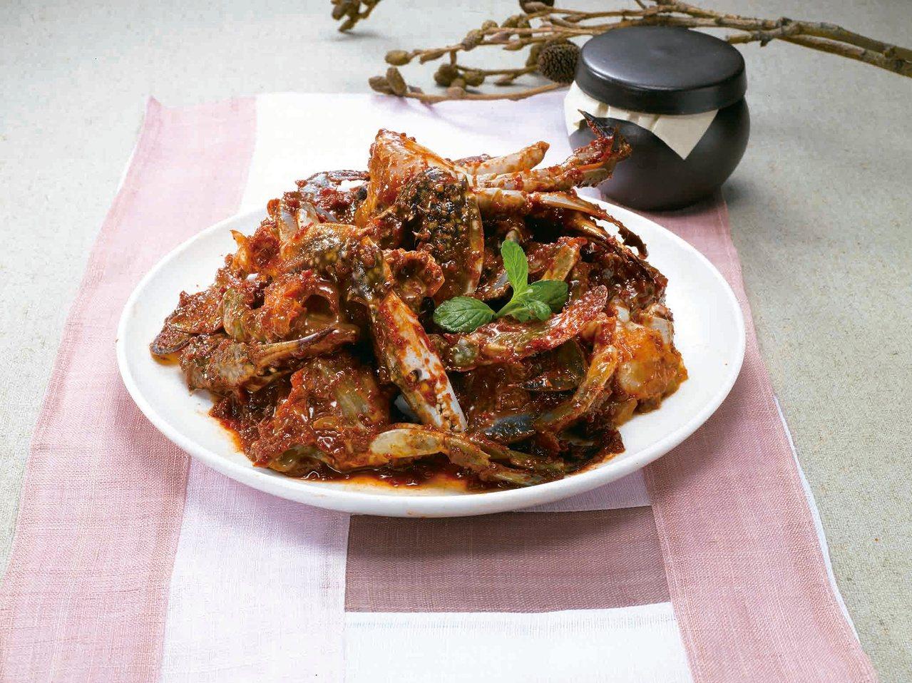 韓國水協醃辣味螃蟹400g售價1,250元。圖/SOGO提供