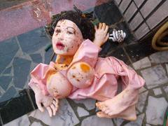 海漂垃圾大驚奇:充氣娃娃、神主牌、壯陽藥...