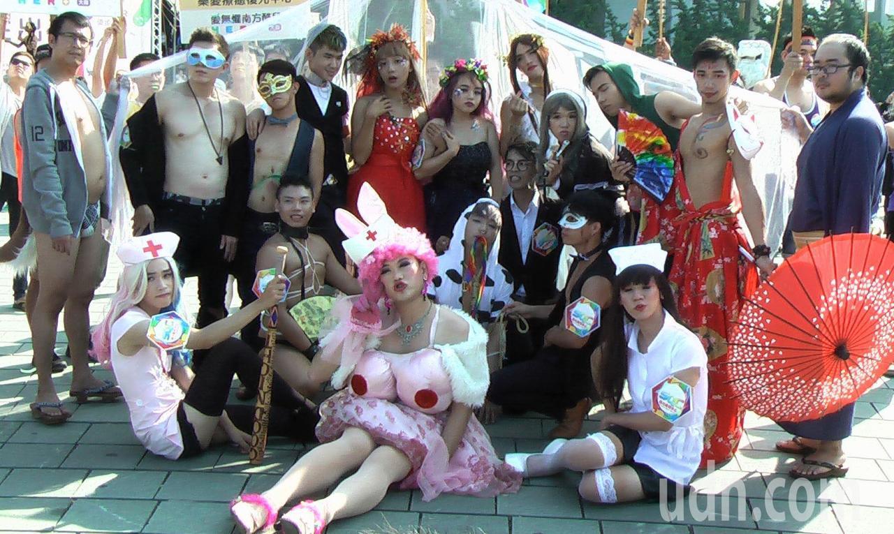 「第八屆高雄同志遊行」以「高性出遊」為主題。記者徐如宜/攝影