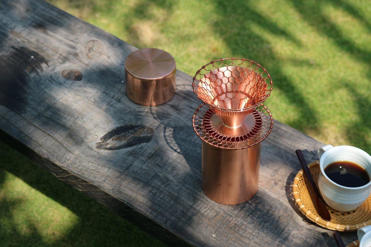 一杯香醇好咖啡,也要有美美的器皿相伴。圖/森/CASA提供