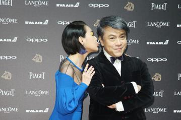 第五十四屆金馬獎頒獎嘉賓蔡康永、小S 徐熙娣走紅毯。