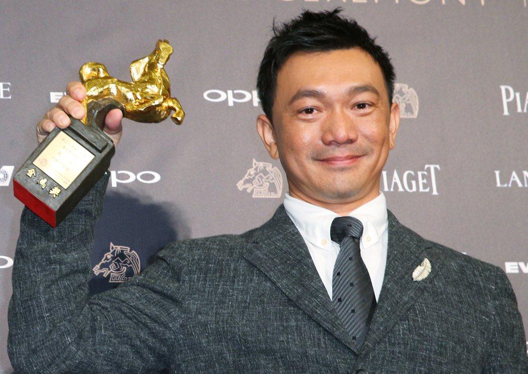 第54屆金馬獎頒獎,最佳新導演獎由黃信堯獲得。記者陳正興/攝影