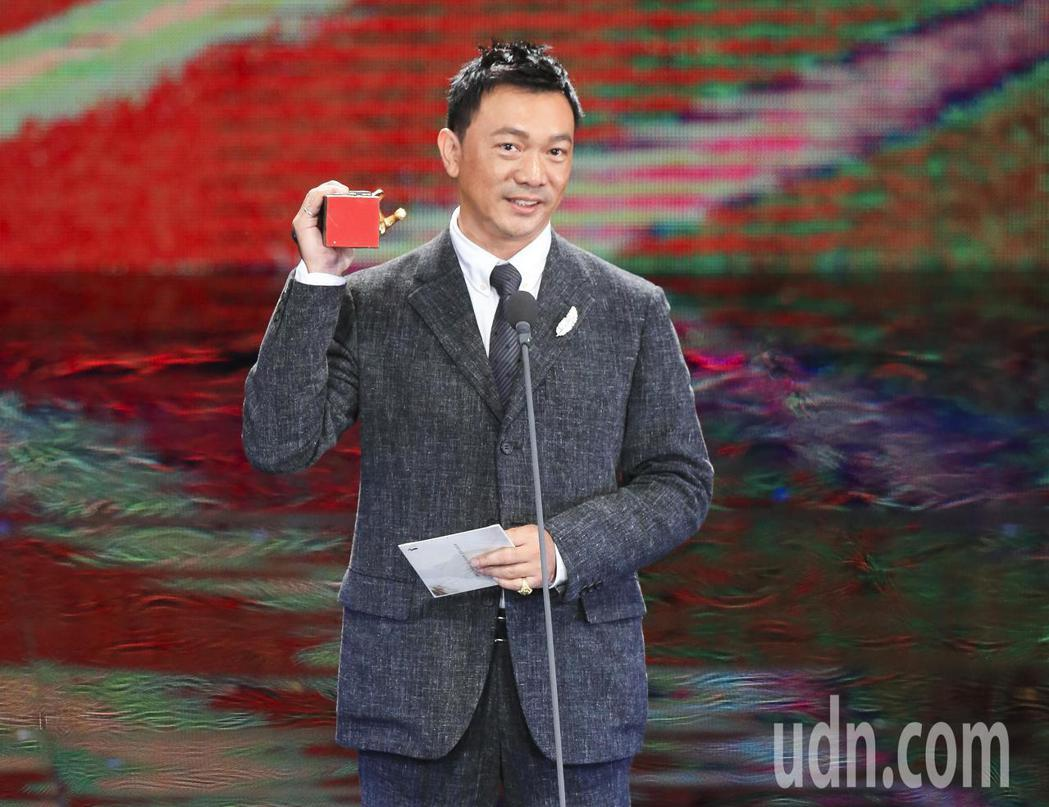 第五十四屆金馬獎,最佳改編劇本獎由《大佛普拉斯》黃信堯獲得。 記者陳瑞源/攝影