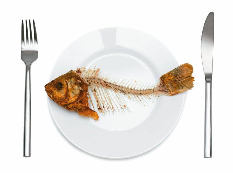 掌握吃魚技巧 不怕魚刺鯁喉 圖/元氣周報