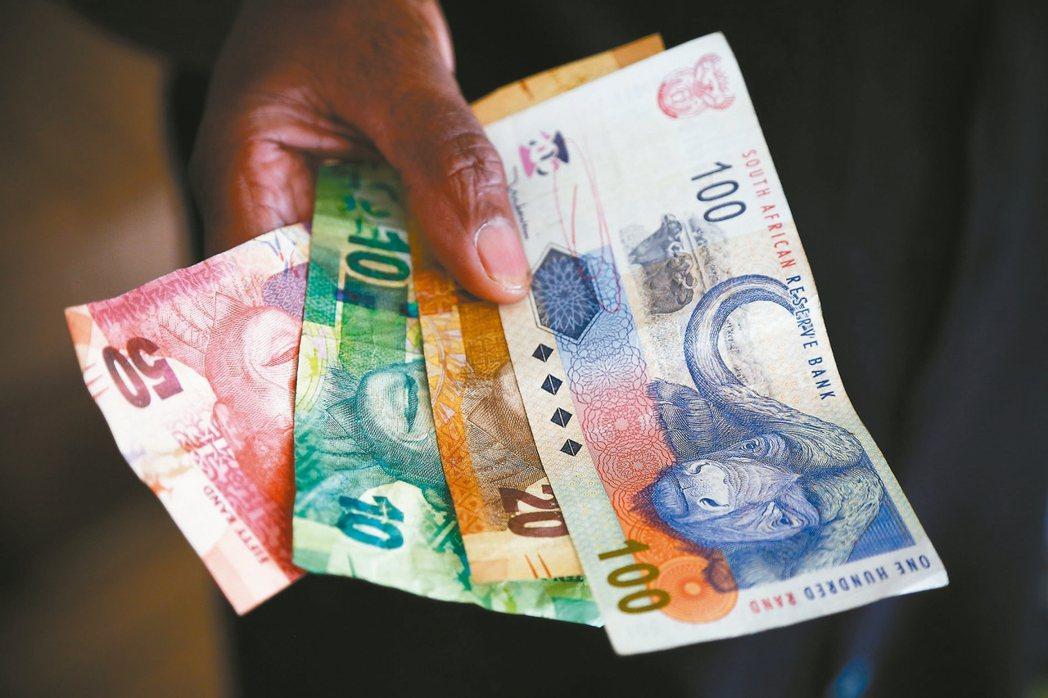 南非幣債信 標普打入垃圾級
