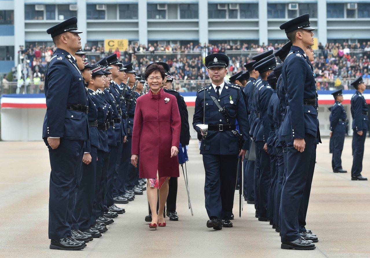 林鄭:反一地兩檢者故步自封。 香港中國通訊社