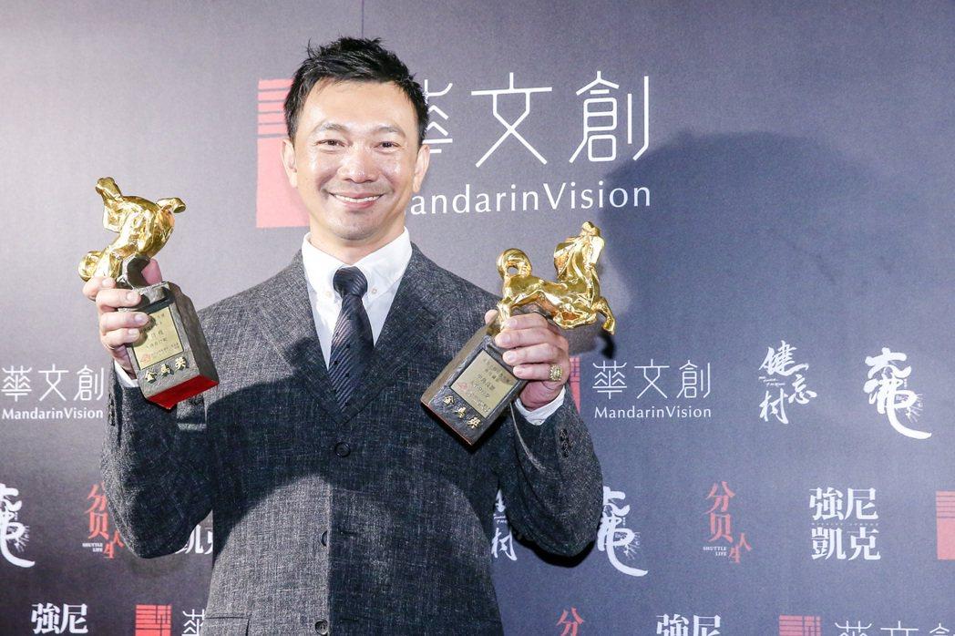 「大佛普拉斯」拿下5座金馬獎,導演黃信堯拿到最佳新導演、最佳改編劇本獎,今天凌晨...