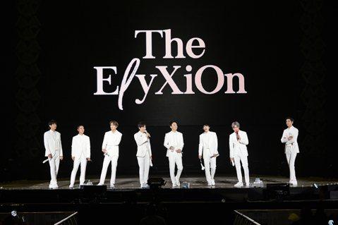 韓團EXO 24日起連續三天於首爾高尺天空巨蛋開唱,第四次巡迴演唱會「EXOPLANET #4 - The EℓyXiOn」三場共6.6萬張門票秒殺,連會場視線不良區都完全開放,每天釋出約500張...