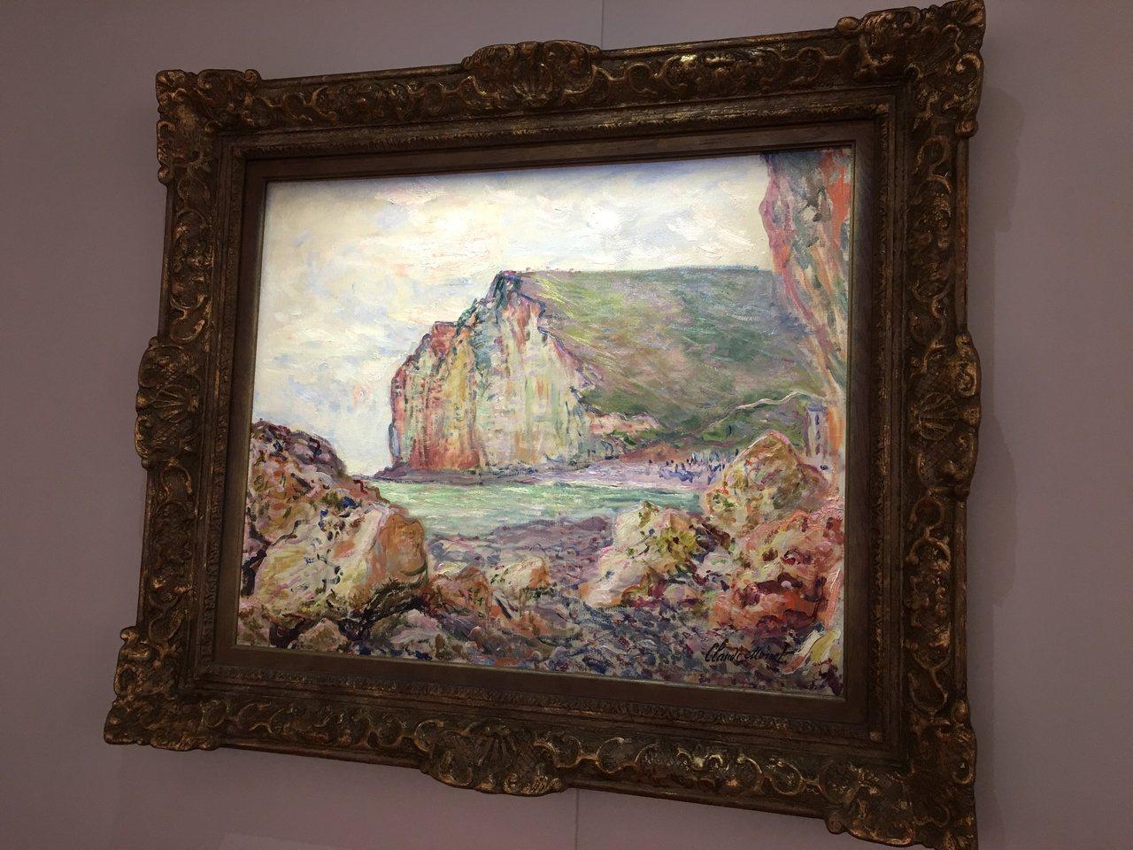 莫內油畫『小達勒的懸崖』。記者王惠琳/攝影