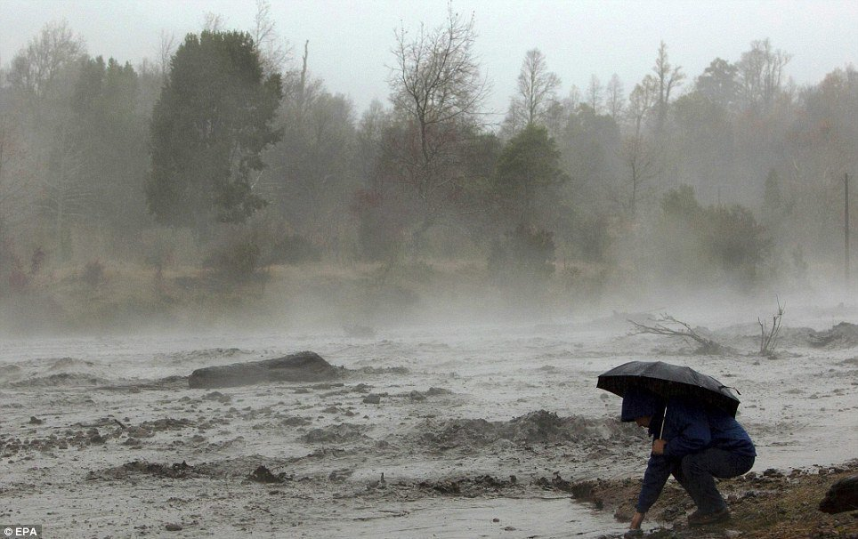 圖為火山泥流。 (歐新社)