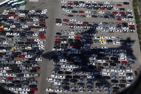 停車位不足,增設停車場只會製造更多問題