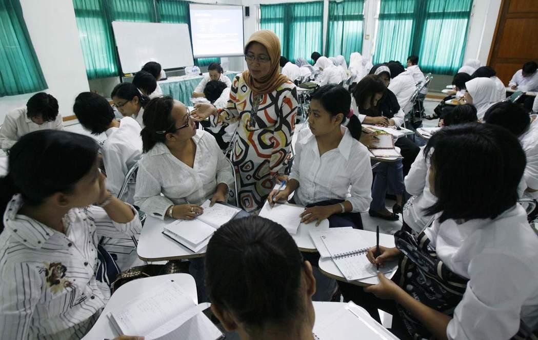 菲律賓之外,日本也於2008年與印尼簽定經濟夥伴協定;同年,印尼方釋出第一批照服...