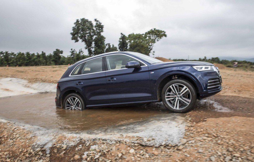 台灣奧迪於台中的麗寶國際賽車場正式啟用Audi駕馭體驗中心以及off-road越野場地。 圖/台灣奧迪提供