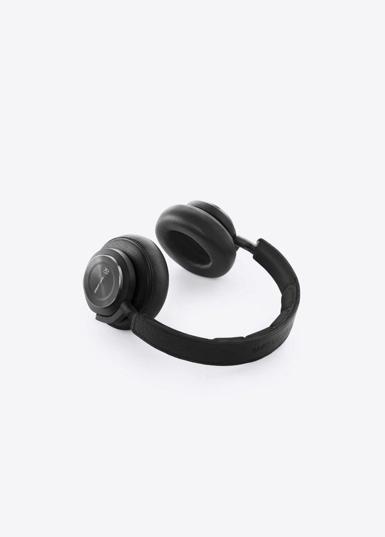 Saint Laurent x Colette聯名耳機。圖/Saint Laur...