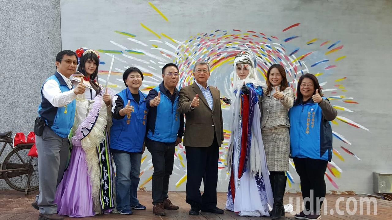 位於新竹縣竹東火車站旁的動漫園區,東側的竹東文創藝術村將於12月16日開幕。記者...