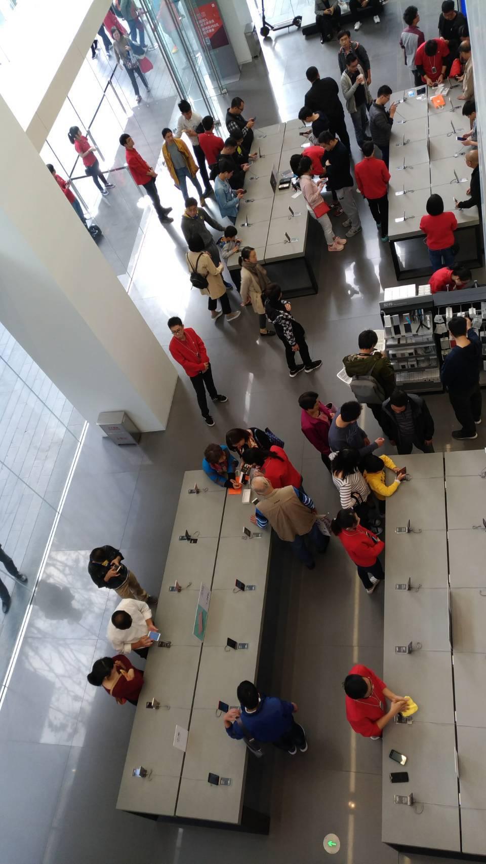 小米明年擴大來台展店由四家倍增至十家,並大幅加品項,營收添增成長力道。記者張義宮...