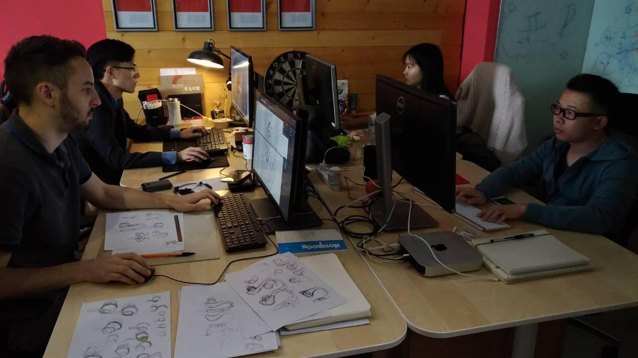 萬魔聲學擁有堅強的研發及設計團隊。記者張義宮/攝影