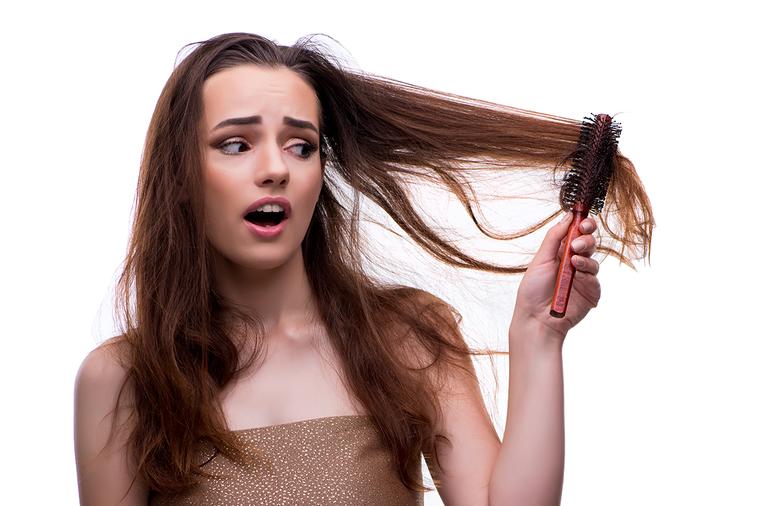 頭髮老化展示的方式是頭髮變白、開始出現脫髮的情況。 圖/ingimage