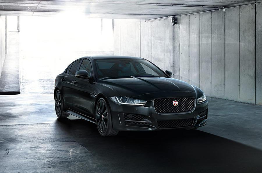 Jaguar XE R-Sport Black Edition。 摘自Jaguar