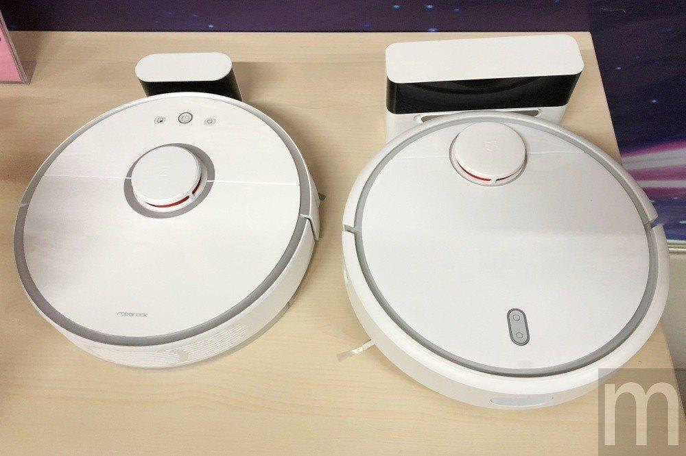 左為石頭科技吸拖合一的掃地機器人,右為已經在台上市的米家掃地機器人,外觀相似之餘...