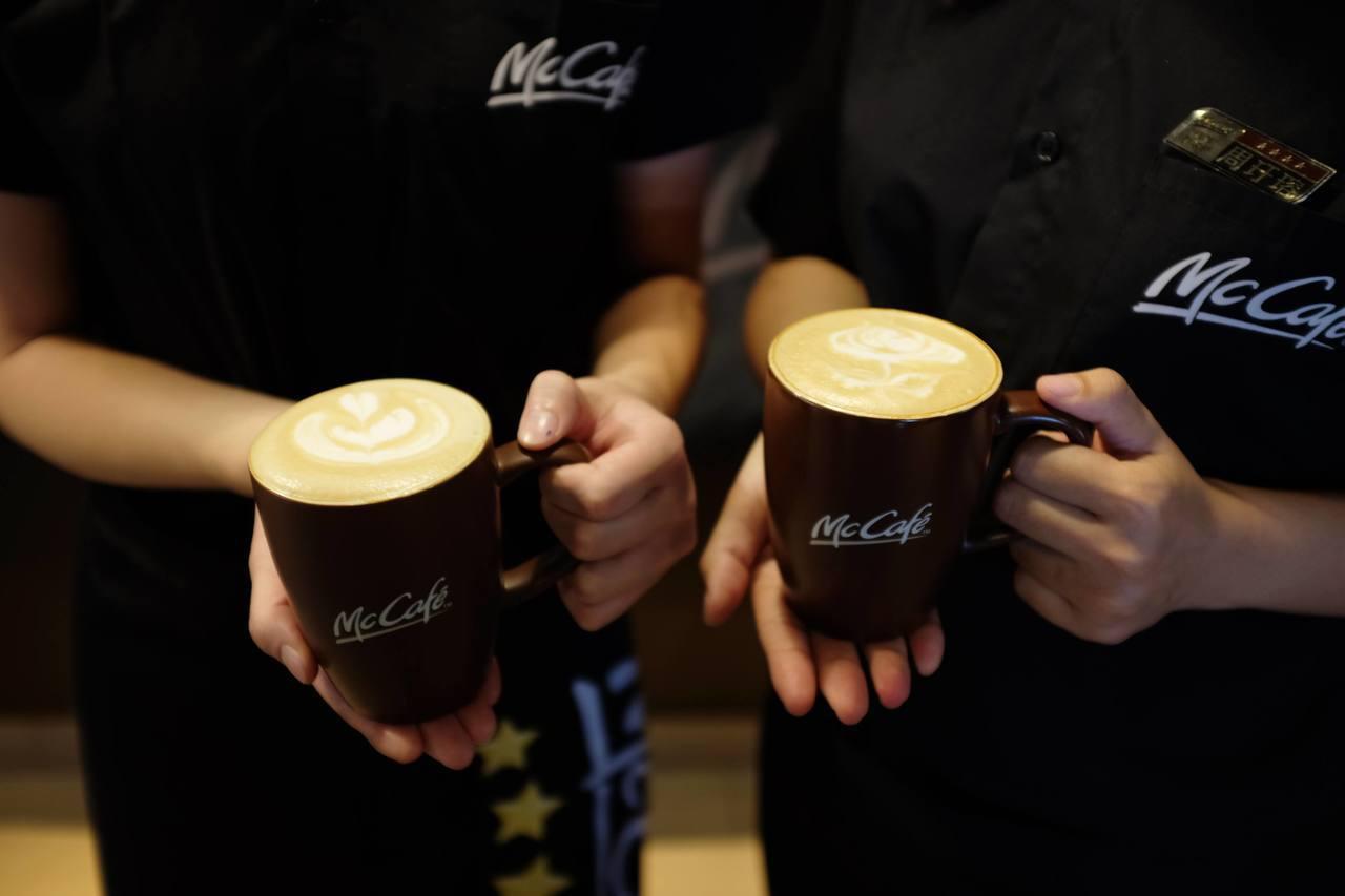 McCafe最熱門咖啡是卡布奇諾、那提及美式咖啡。記者沈佩臻/攝影