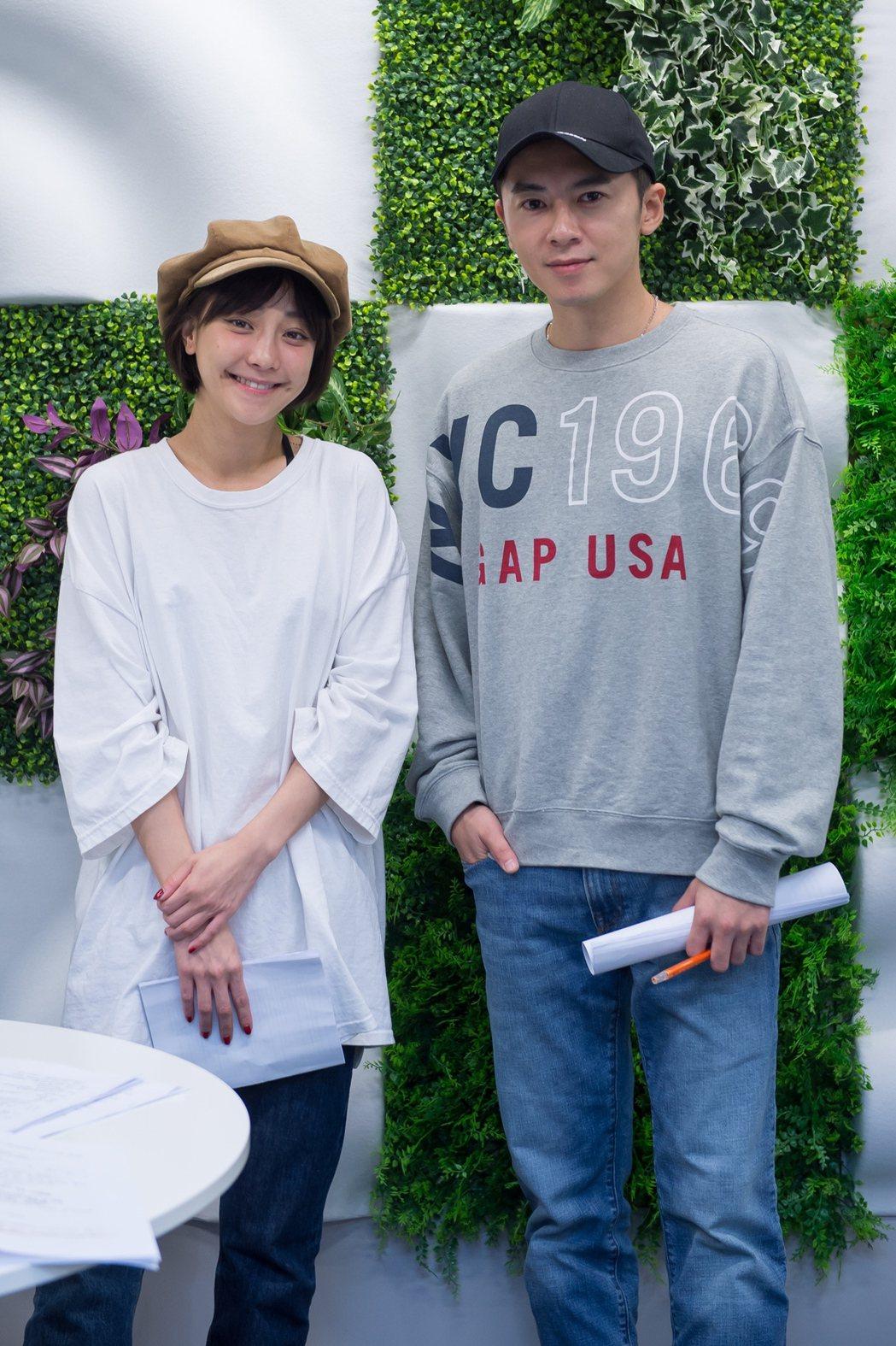 李國毅(右)、謝欣穎老搭檔再聚首。圖/歐銻銻娛樂提供