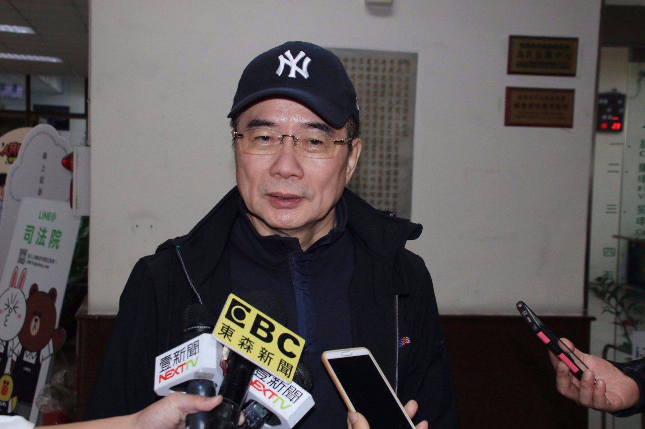 前立法委員蔡正元強調自己無法主導2006年中影的股東會。記者曾健祐/攝影