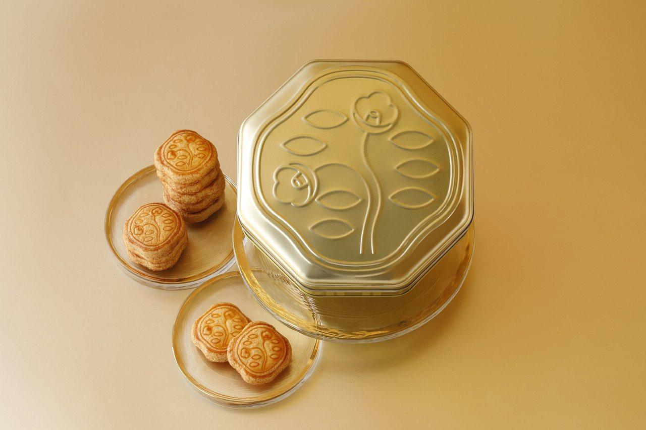 花椿115周年紀念餅乾,24入售價870元。圖/SOGO百貨提供