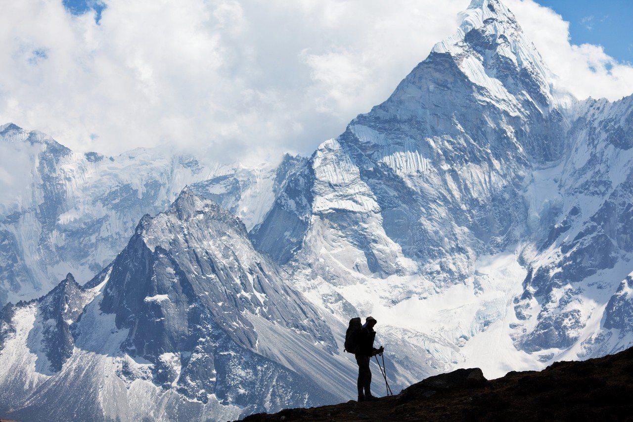 尼泊爾今年將派出測量小組,測量喜馬拉雅山珠穆朗瑪峰的高度。圖/ingimage
