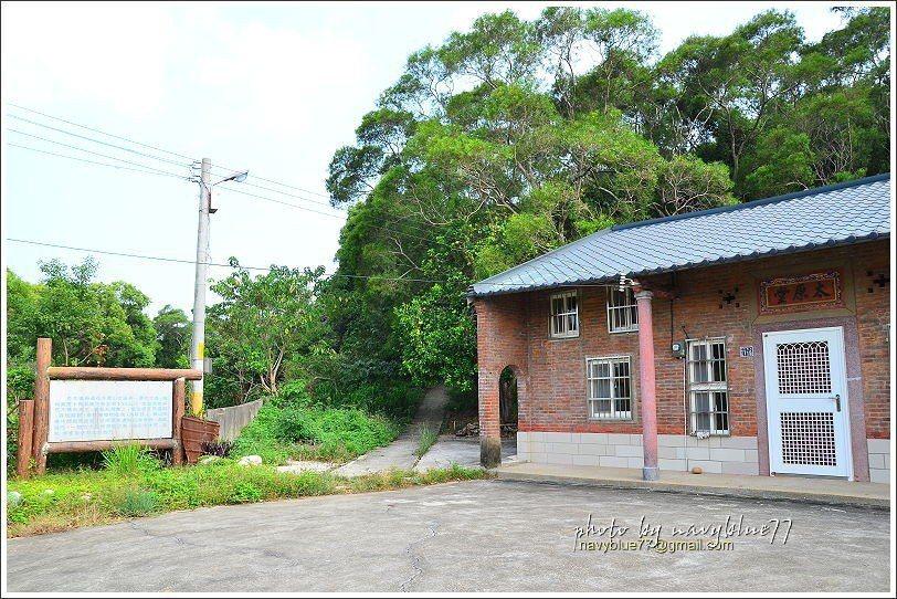 ↑蓮花寺步道的終點在竹北西北角落的尚義里太原堂民宅,由再循原路返回起點天德堂。