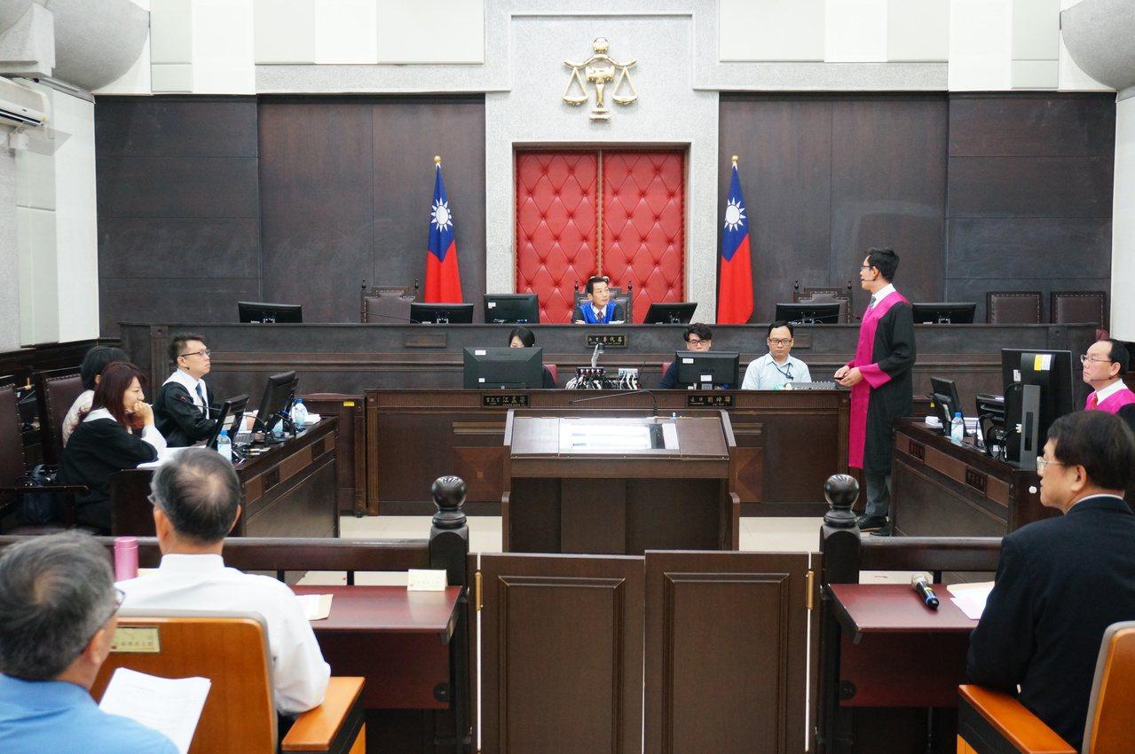 今為準備程序庭,法官僅受命法官一人。記者林伯驊/攝影