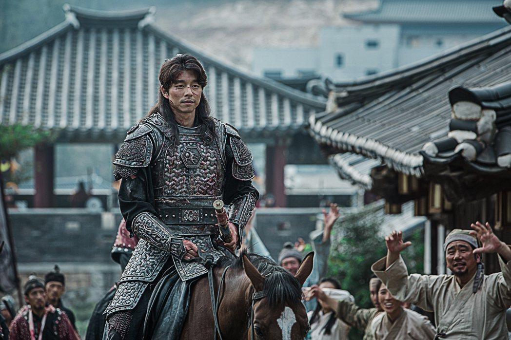 孔劉為「鬼怪」練劍受傷。圖/台視提供