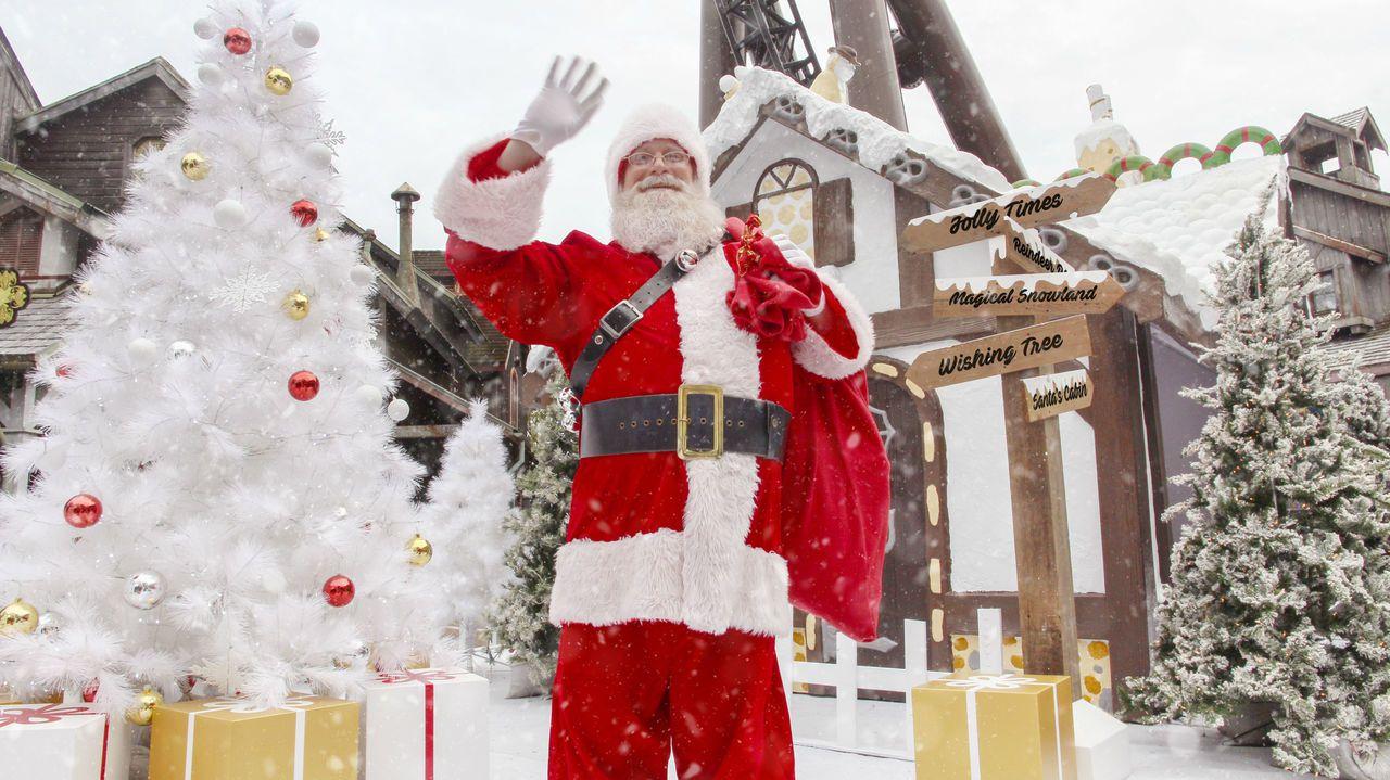 童話故事中的耶誕老公公,從北極來遠道而來,陪六福村遊客一起度過溫馨的耶誕節。 ...