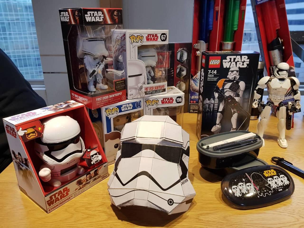 friDay購物集結全站STAR WARS授權商品成立「星際大戰主題活動頁」。圖...