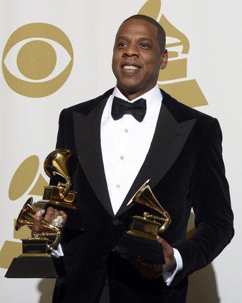 第60屆葛萊美獎入圍名單29日公布,饒舌天王Jay-Z以新專輯「4:44」獲得8項提名,包括最佳年度唱片、最佳年度歌曲等重要項目,是今年的入圍大贏家。另一位饒舌歌手肯德瑞克拉瑪爾則以專輯「Damn....