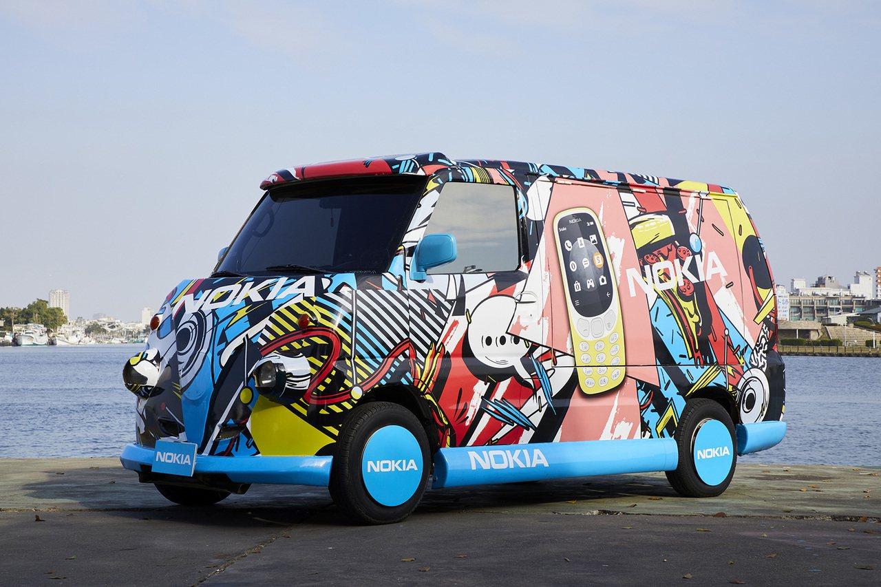 Nokia行動體驗車即日起將於全台各大城市巡迴,車身以獨特塗鴉風格搭配Nokia...