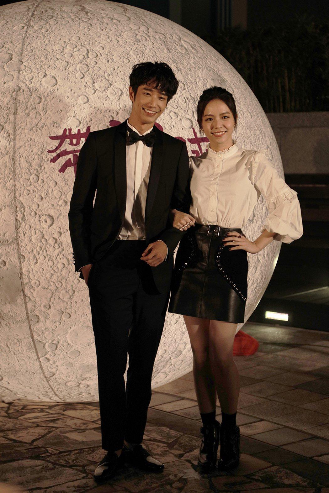 「帶我去月球」在台北舉行首映,男女主角劉以豪、宋芸樺。圖/星泰提供