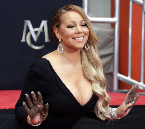 西洋流行樂壇的「花蝴蝶」瑪麗亞凱莉(Mariah Carey)據傳已和前未婚夫、澳洲億萬富翁派克(James Packer)達成分手的財務協議。雙方在2016年1月訂婚,該年10月悄悄進入協議分手階...
