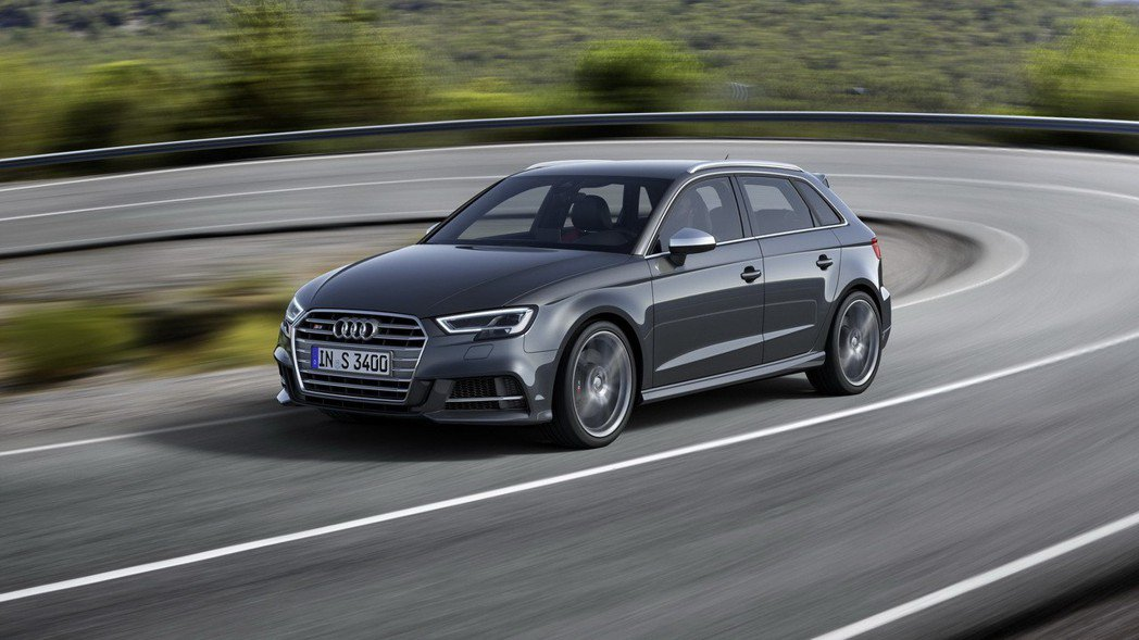全新Audi S3具備強勁動能表現和時尚運動美感。 圖/台灣奧迪提供