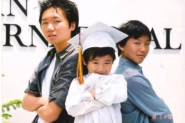 陳美齡的三個兒子,和平、昇平和協平。(照片提供/香港三聯書店)