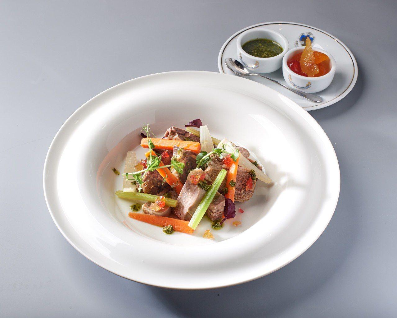 義式燴肉佐蔬菜。圖/新光三越提供