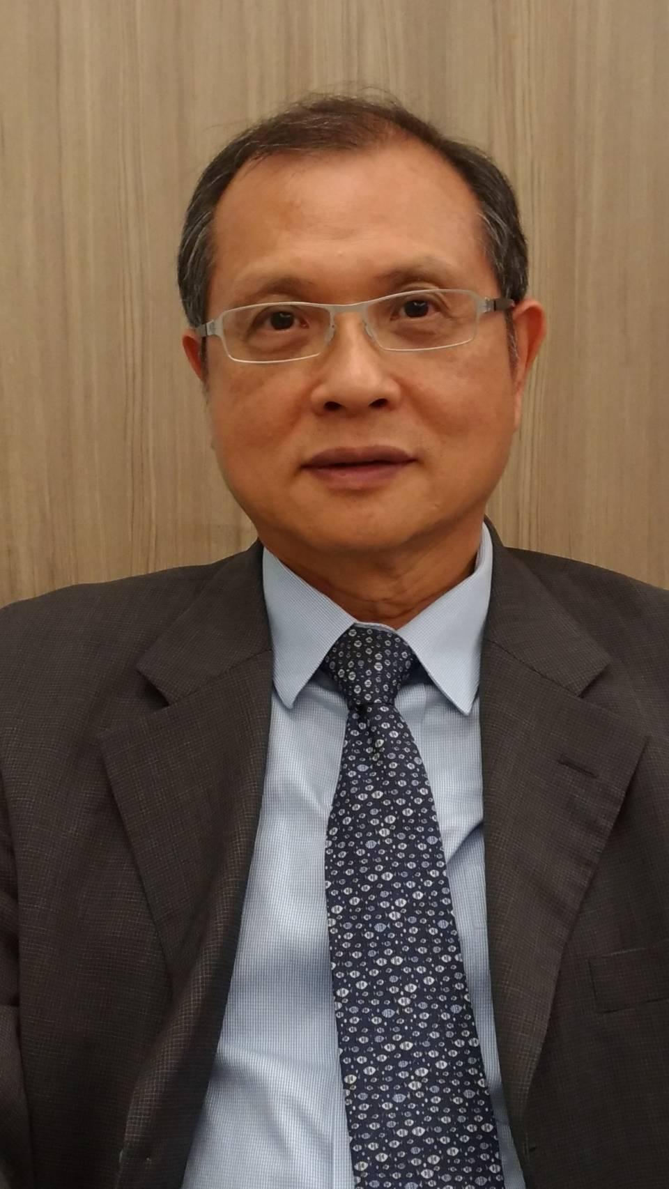 東捷資訊董事長高尚偉協助經銷商走向數位化管理,提高競爭力。記者張義宮/攝影